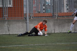 FC Británico goalkeeper endured a day to forget against Faustos on Saturday 12/05/2012